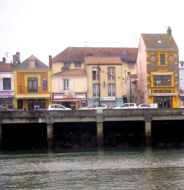Kro du vend e globe part 3 finis africae - Restaurant l huitre y est port des barques ...