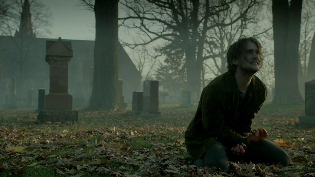 Hemlock-Grove-Peter-turning-1024x576-1