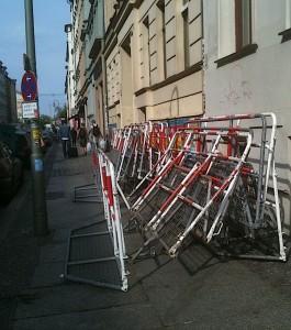 Barrières (anti-émeutes ?), Berlin, 30 avril 2012
